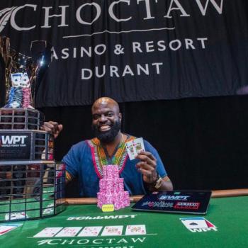 Seorang teman meyakinkannya untuk bermain dan dia memenangkan WPT Choctaw / Pokerlogia