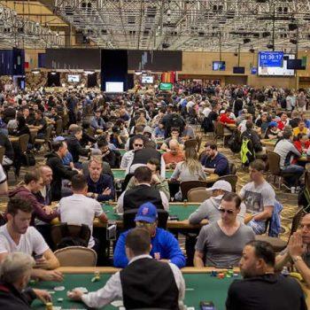 Persimpangan Jalan di Seri Dunia Poker Oleh Juan Zubiri